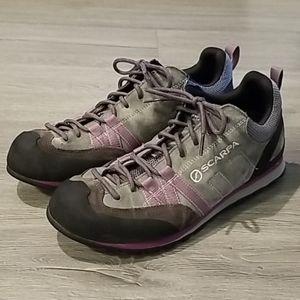 Scarpa Crux Approach Sneaker
